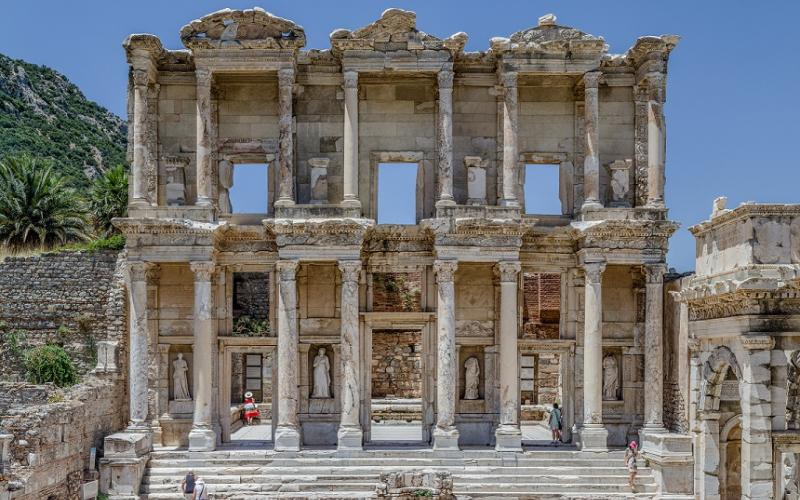 Façade of the Celsus library, in Ephesus, near Selçuk, west Turkey. Benh Lieu Song (Image via Wikimedia under a CC-BY-SA 3.0 License).