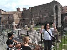 Rebecca Futo Kennedy teaching in Rome. Photo courtesy of Rebecca Futo Kennedy.