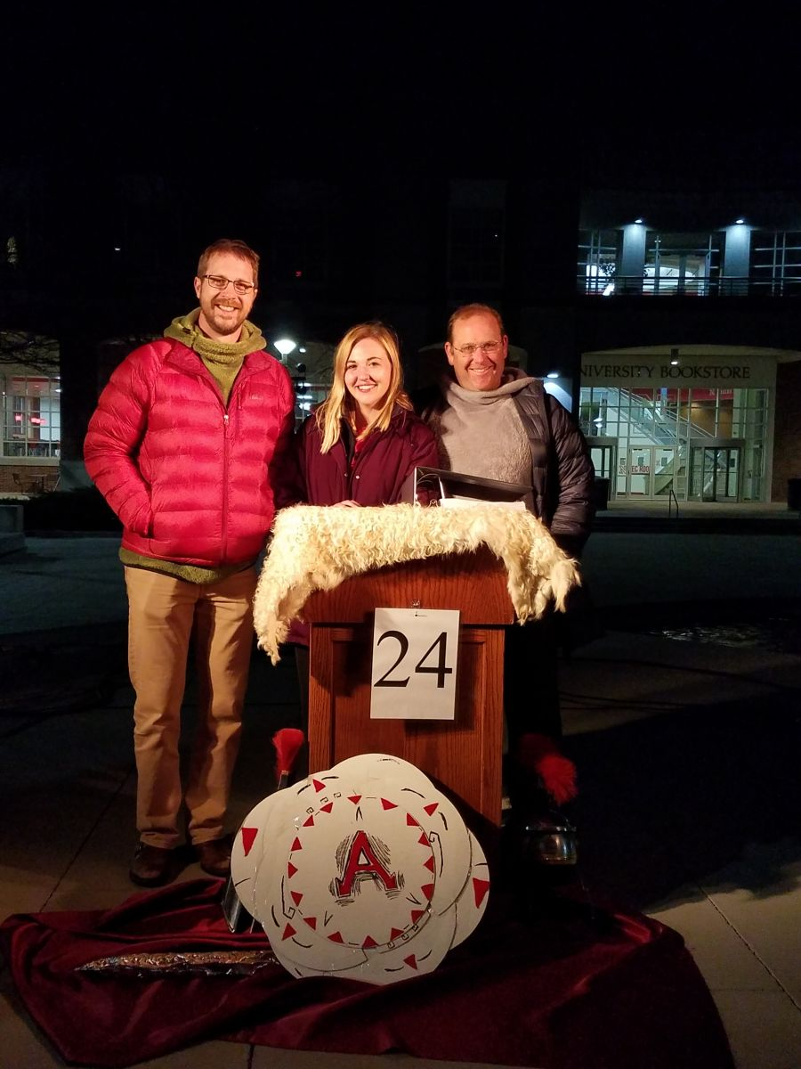 (L to R) Matthew Loar, Brooke Mott, and Mike Lippman at the end of the event. Photo by Nichole Brady and used by permission.
